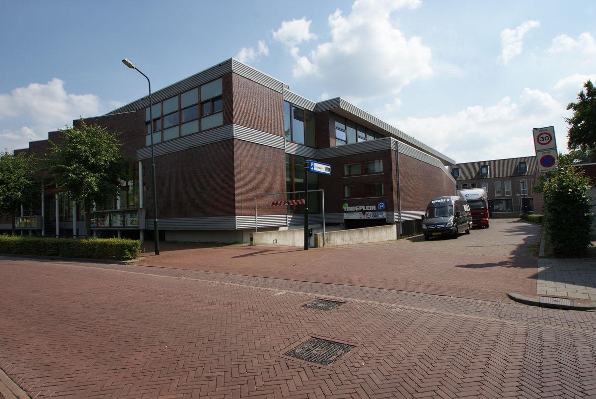 groot escorte klein in Oisterwijk